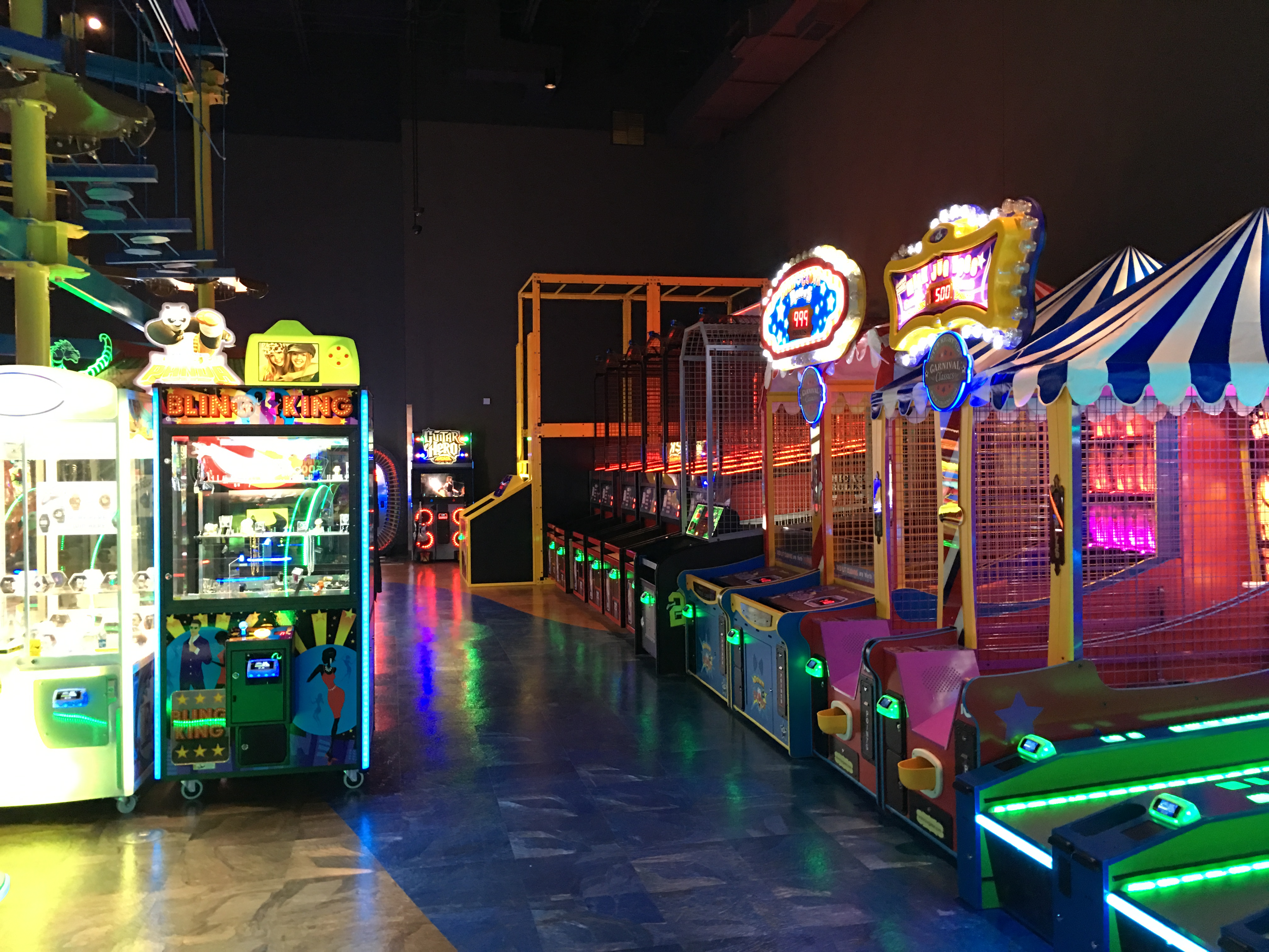 Main Event Olathe-2 - Arcade Locations - Picture Gallery - ZIv